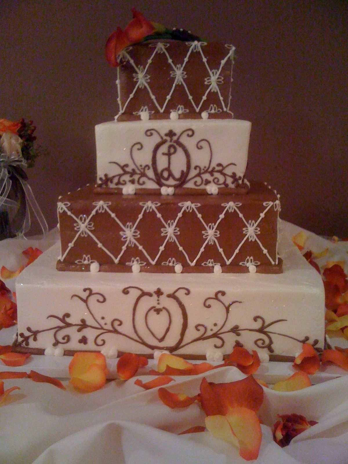 Just A Touch Of Floral Wedding Cakes Enhanced By Elysian Fields