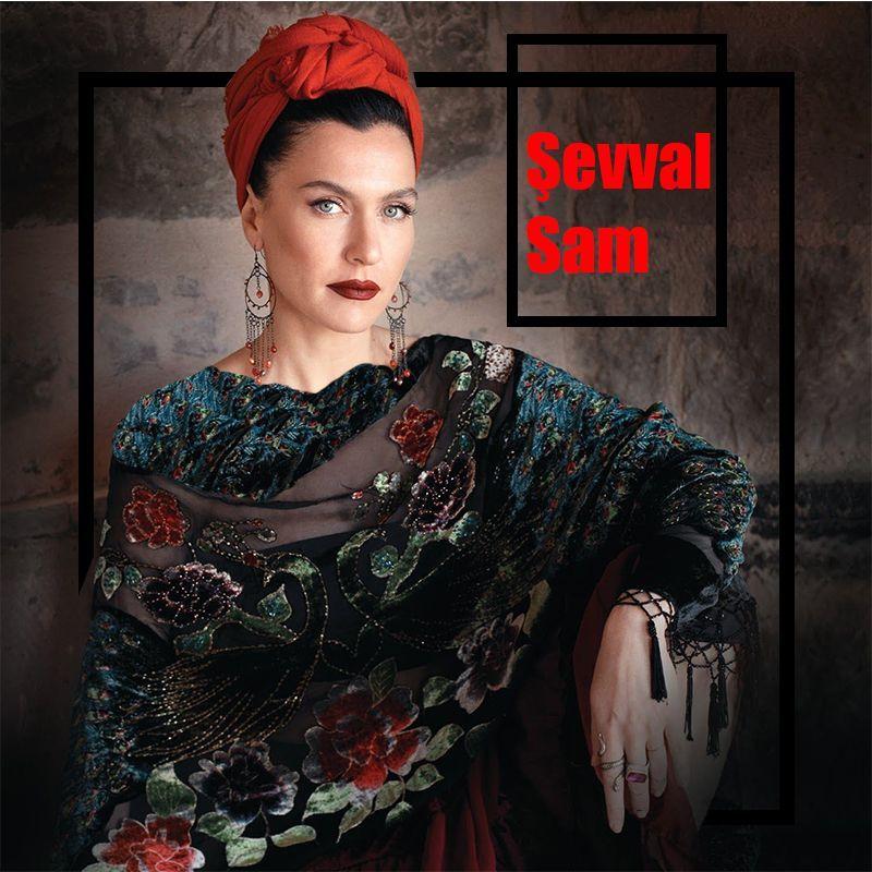 Sevval Sam Beautiful Actresses Turkish Actors Celebrities