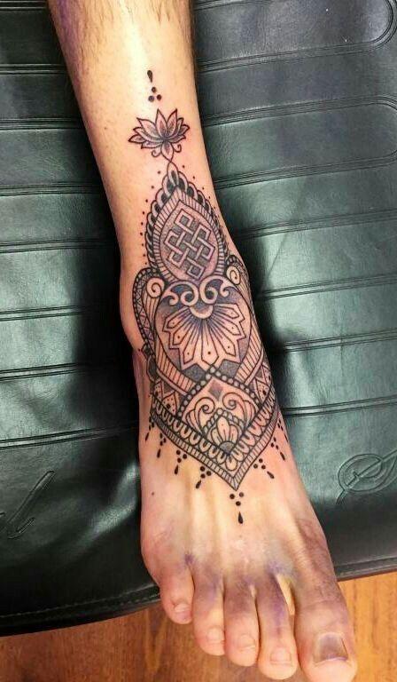 Pin By Liza B On Tattoos And Piercings Tatouage Tatouage Pied