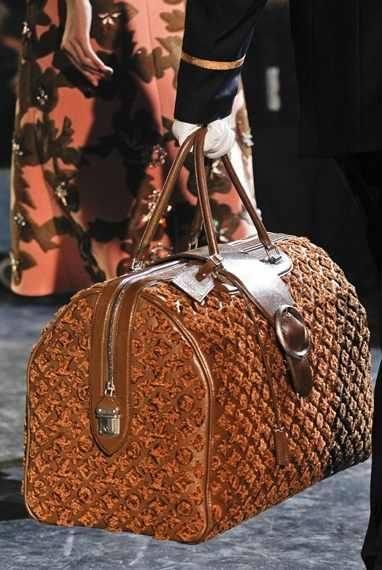 wholesale  designer brand LV COACH GUCCI MCM FENDI HERMES  PRADA CHANEL   tote online store, fast delivery cheap burberry handbags 7c7a08b91ef