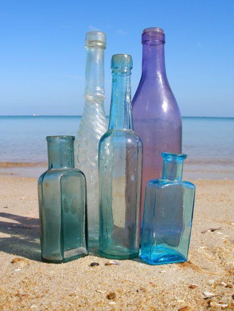Antique Bottles From The Mornington Peninsula X Www Morningtonseaglass Com Au Colored Glass Bottles Antique Glass Bottles Vintage Bottles