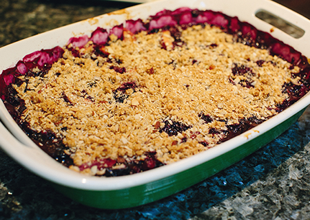 Nectarine and blueberry crisp | UofMHealthBlogs.org