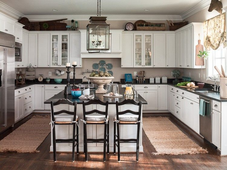 Benjamin Moore...Cedar Key turned out to be our Perfect White.  Kitchen cabinets are gorgeous!   CB