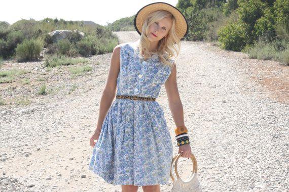 VTG 1950s Blue and Turquoise Floral Dress w/ Collar M/L #vintage #1950s #vintagedress #whendecadescollide