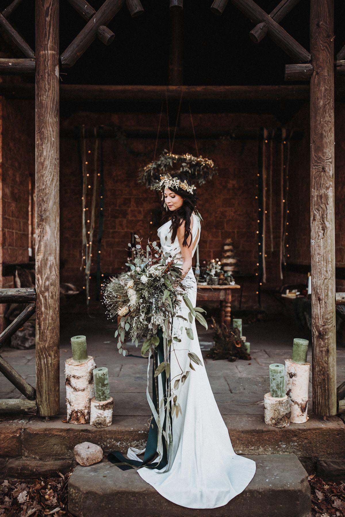 Wild Green Inspirationen Fur Eure Boho Hochzeit Hochzeitsblog The Little Wedding Corner Boho Hochzeit Hochzeit Wald Heidnische Hochzeit