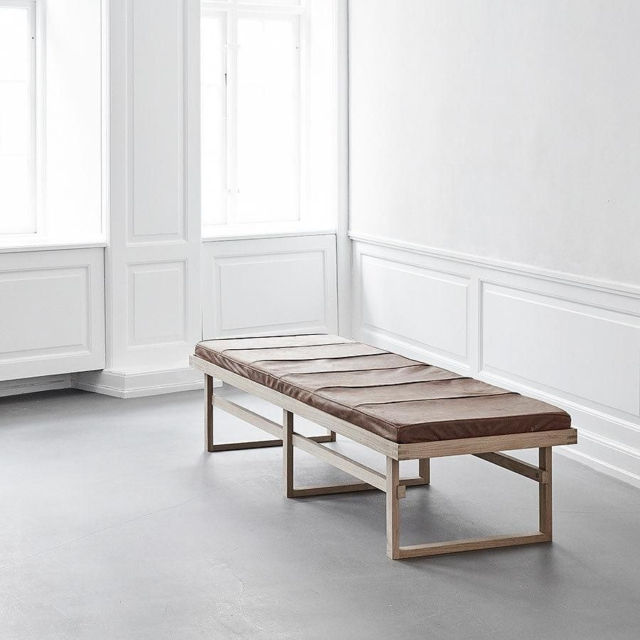 The Vertical Daybed By Kristinadamstudio Interior