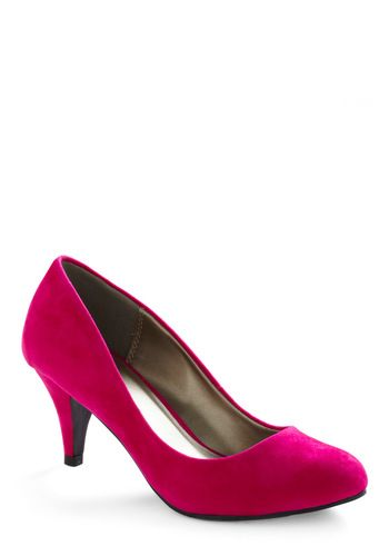 3033d026f21f And a low heel for all us tall ladies!