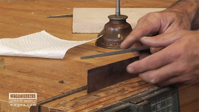 How To Sharpen A Card Scraper Video Woodworking Techniques Woodworking Woodworking Techniques Woodworking Tips
