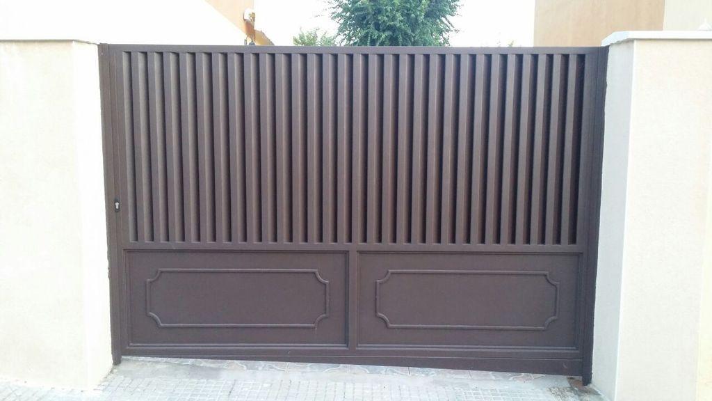 puerta garaje abatible hierro marrón ms-pue250   puertas   pinterest