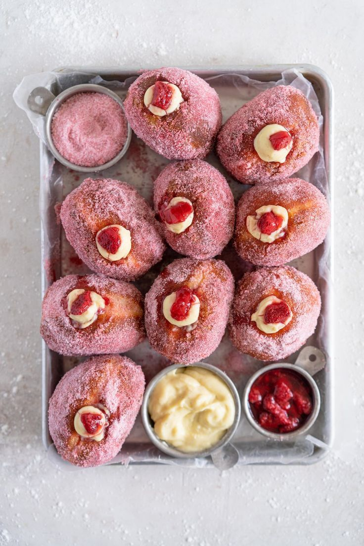 Roasted Strawberry Brioche Doughnuts with Vanilla Bean Pastry Cream #freezedriedstrawberries