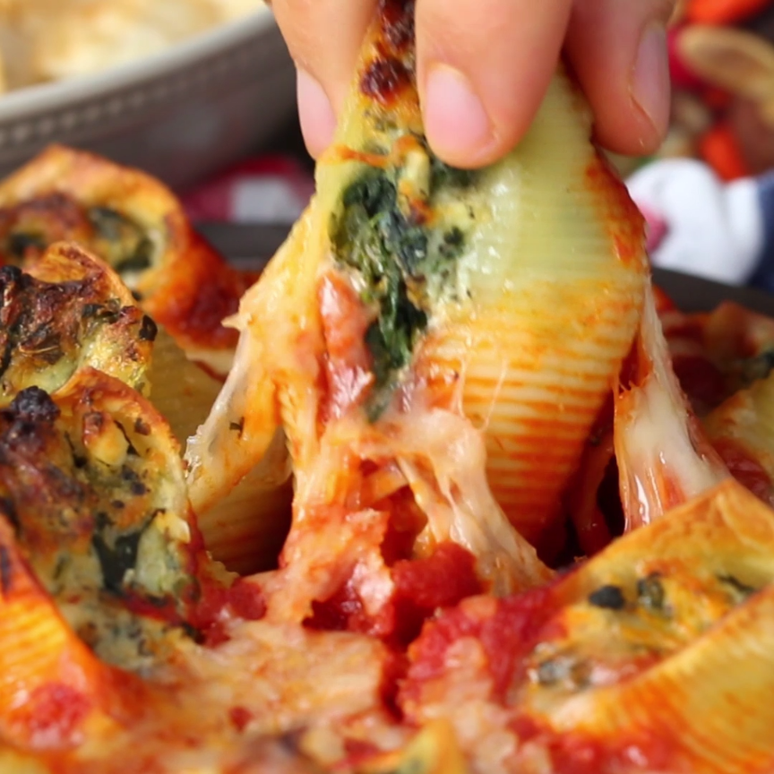 This Pull-Apart Stuffed Pasta Is Everything You Co