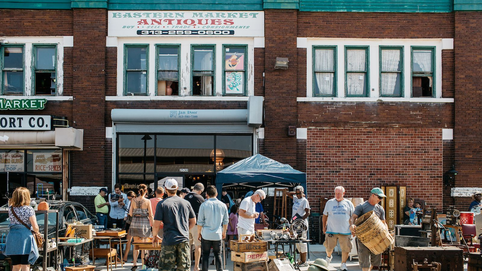 Etonnant The Best Furniture And Antique Stores In Detroit, Mapped