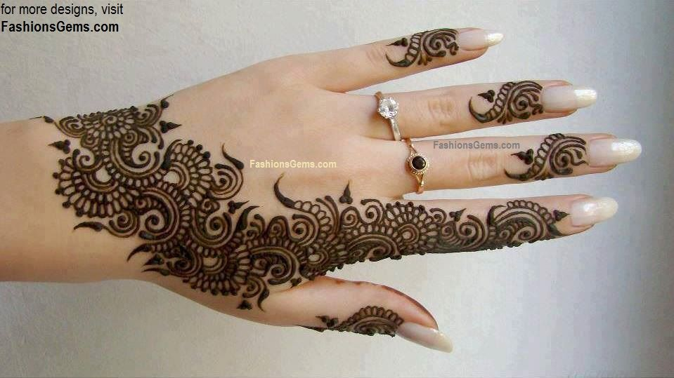 Mehndi Tattoo Hands : Mehndi henna refers to the tattoo art which is still used in
