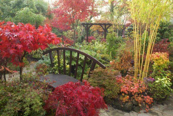 garten landschaft-bunt ideen-sitzgruppe gestalten-im freien, Garten Ideen