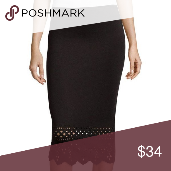 Laser-cut Skirt Very cute and comfortable. Perfect with any outfit and for any occasion. Bisou Bisou Skirts Midi