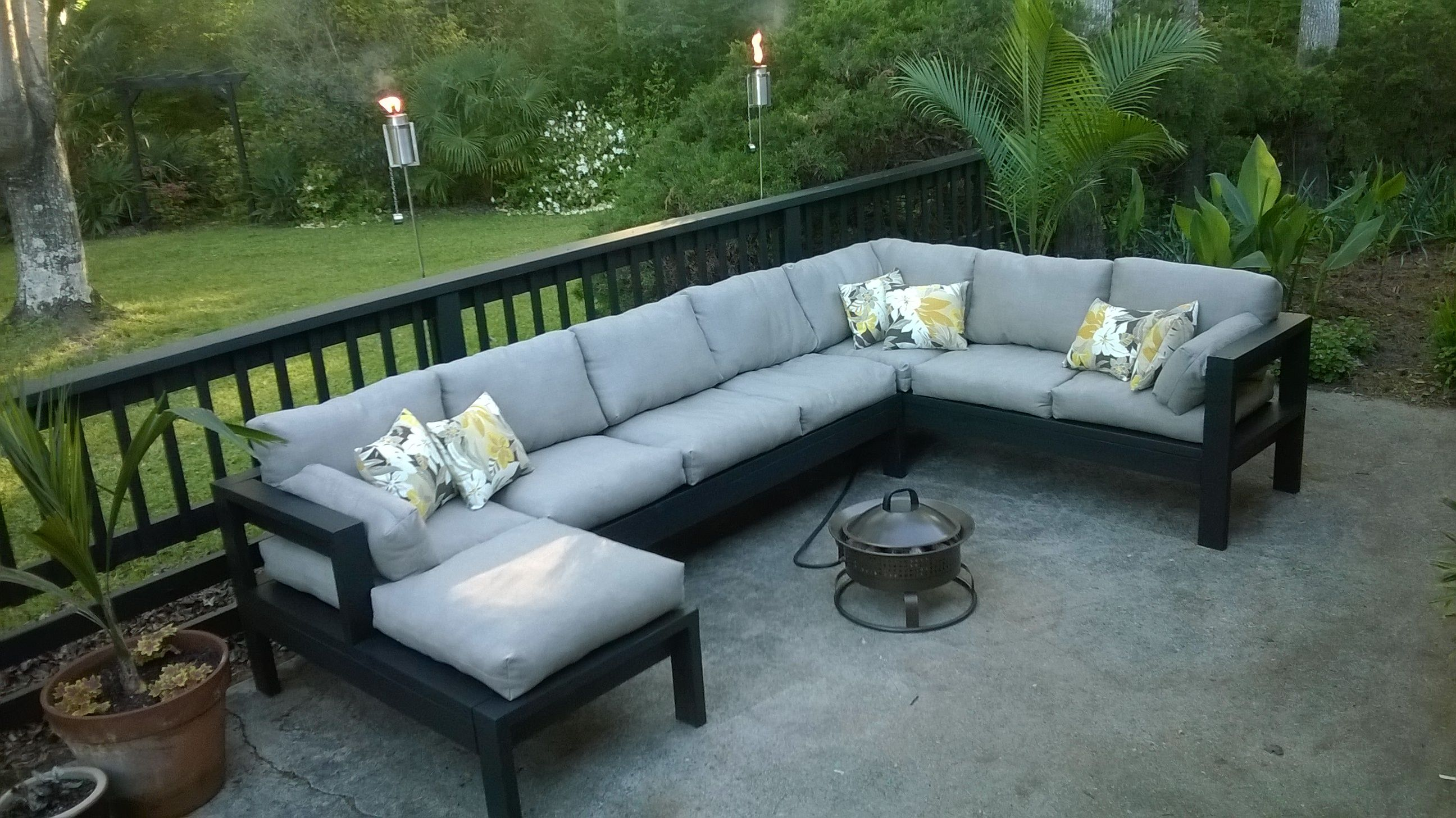 Outdoor sectional do it yourself home projects from ana white outdoor sectional do it yourself home projects from ana white solutioingenieria Images