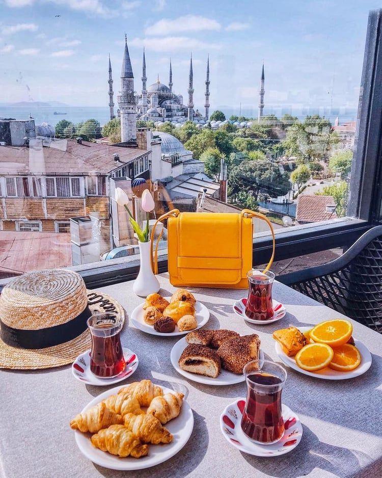 فطور ف اسطنبول Turkish Breakfast Best Breakfast Food Recipies