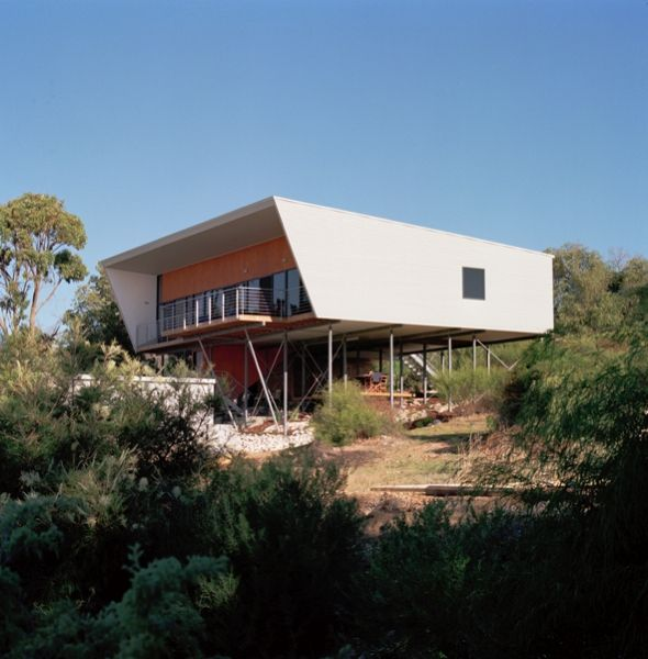 Award Winning Small House: Located In A Small Coastal Holiday Town South Of Perth