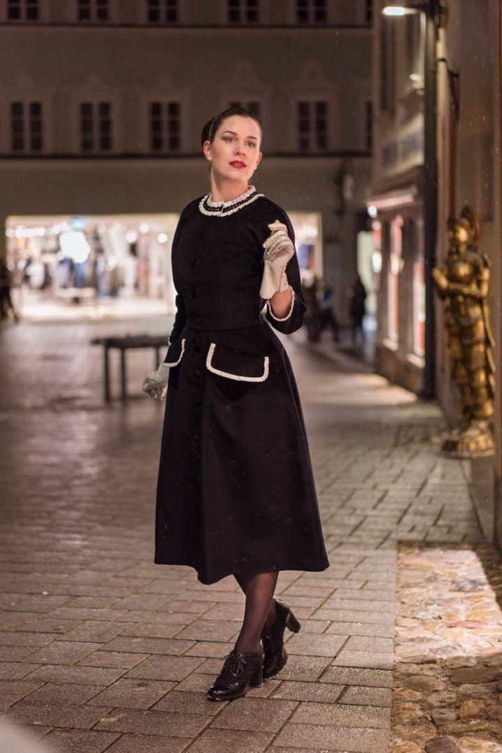 Stylish in Schwarz-Weiß mit einem Winter-Kleid von Ginger ...