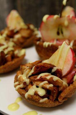 Kakkuviikarin vispailuja!: Kauralastukupit omenapaistoksella
