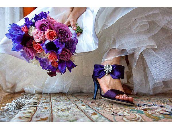 zapatos de novia de color para boda moderna