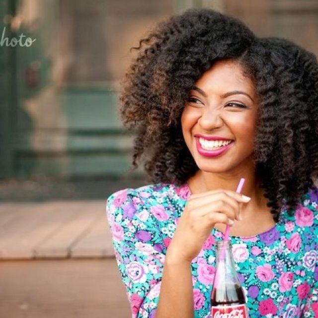5 Ways To Control Natural Hair In Humid Weather Kinks Are The New Pink Natural Hair Styles Beautiful Natural Hair Natural Hair Inspiration