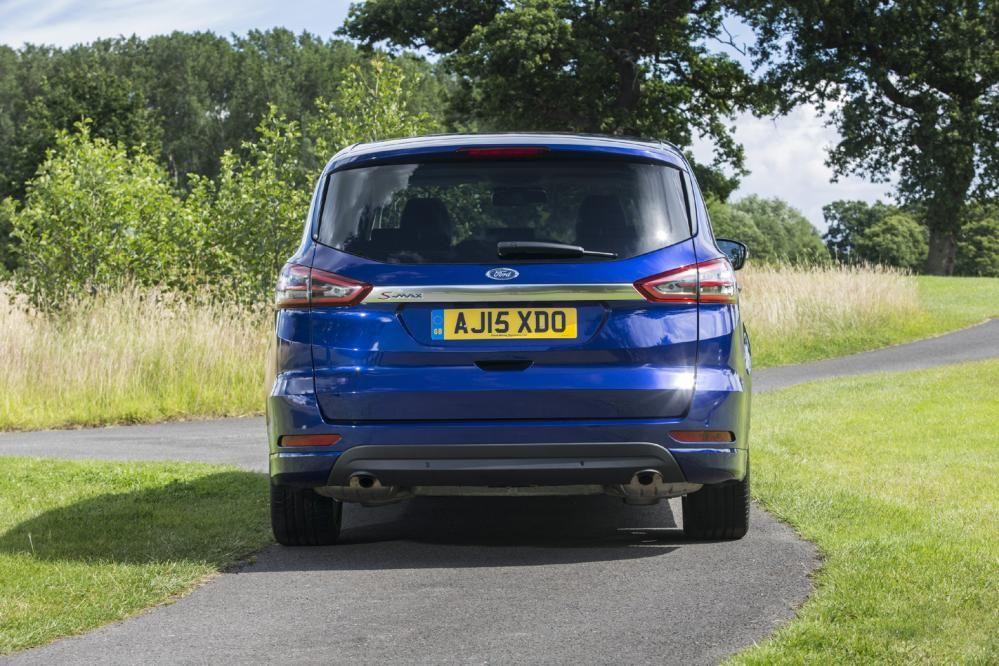 Ford S-MAX 2.0 TDCI Titanium | Eurekar