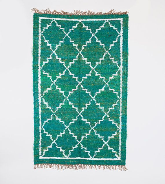 Green Area Rug In 3x5 Ft