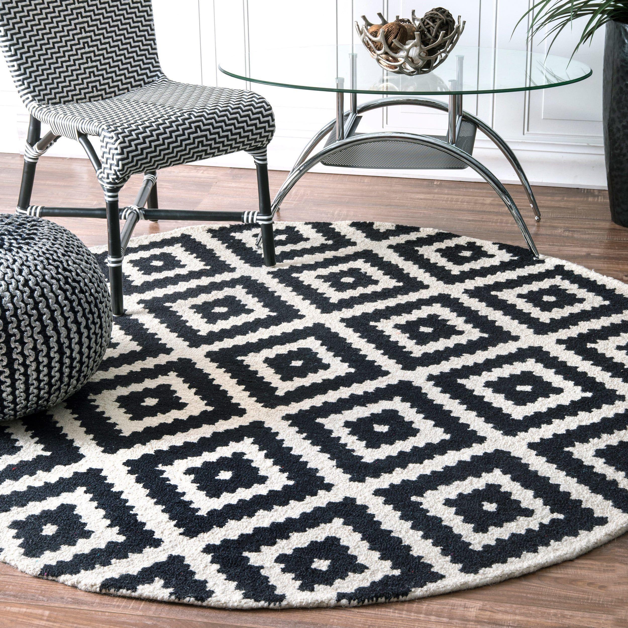 Nuloom Handmade Abstract Wool Fancy Pixel Trellis Round