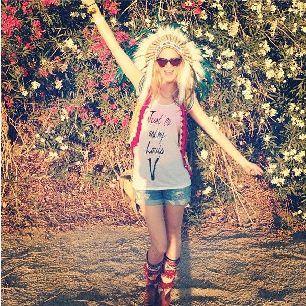Poppy-Delevingne-Coachella-2013 (600×600)