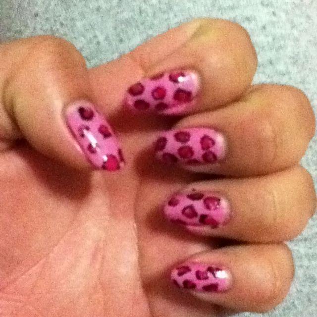 I tried to do a cheetah design :)