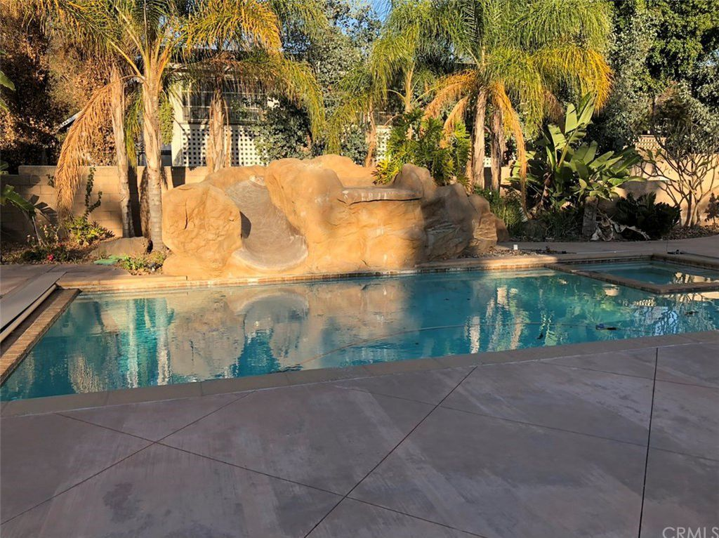 Beautiful swimming pool in orange county ca anaheim