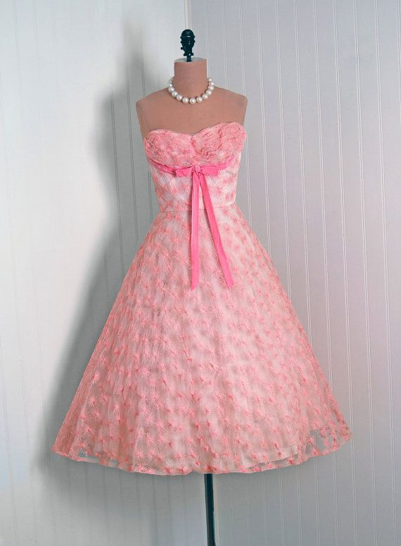 1950\'s Vintage Baby Pink Full Circle Skirt Party Dress | Vintage ...