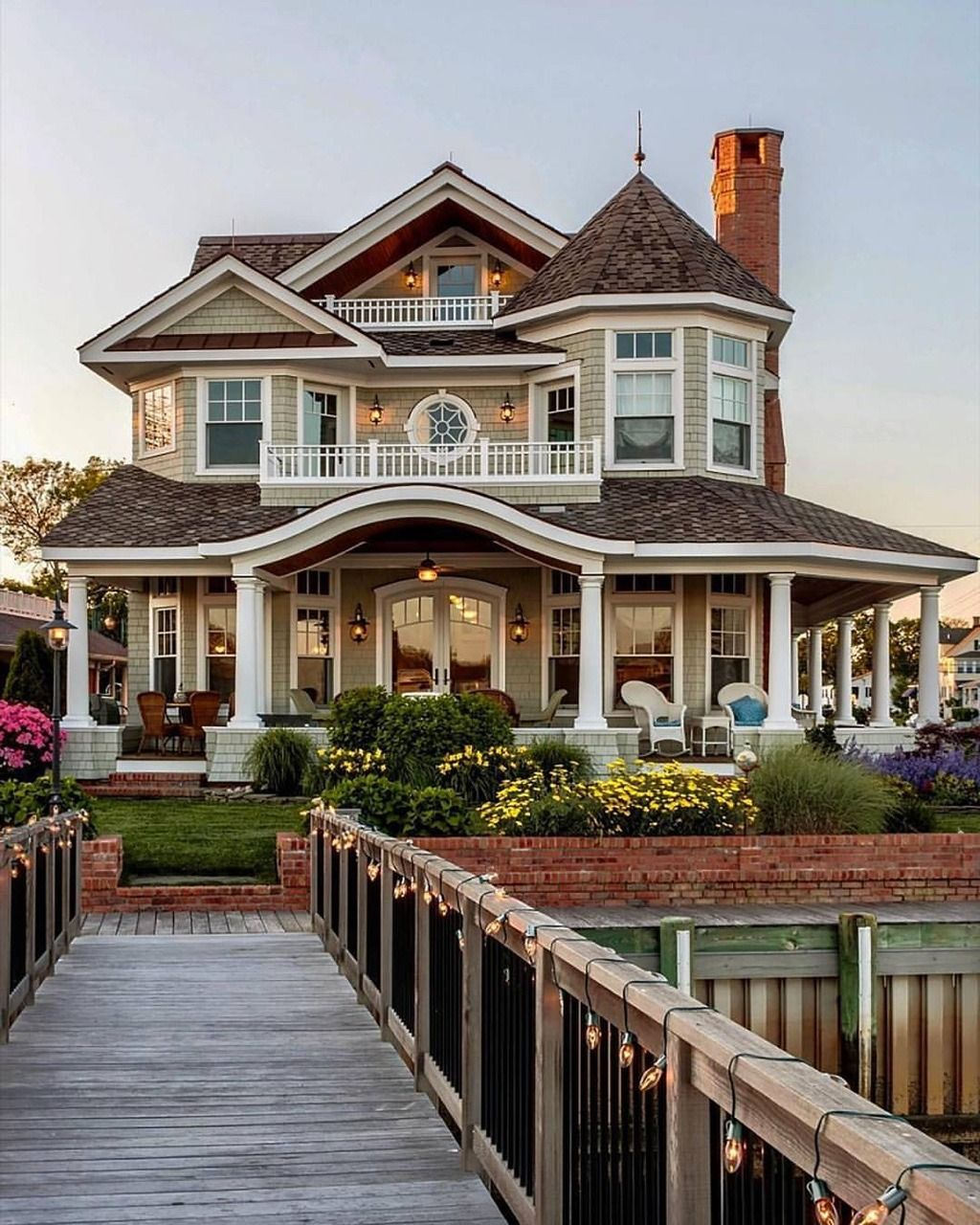 Beautiful Exterior Home Design Trends: Lake House, Beautiful Home Exterior, Detailed Home