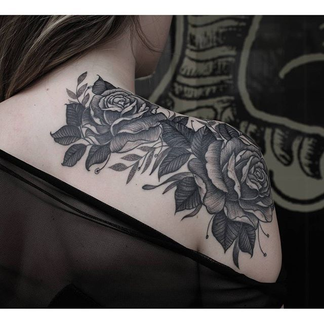Rosa Sombreada No Ombro Tattoo Escura Tatuagem Tatuagem