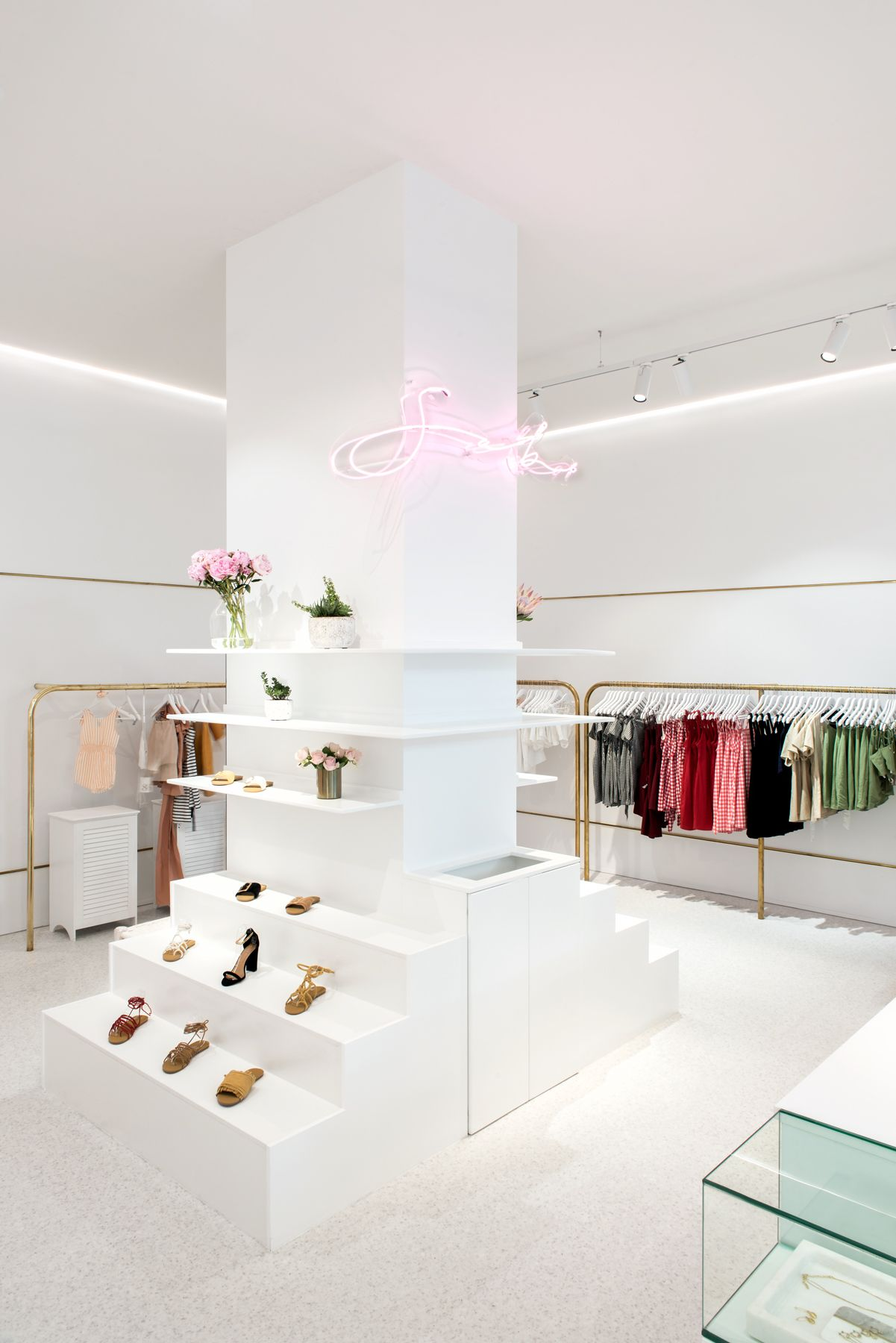 Sabo Skirt Retail Shop Westfield Chermside In Brisbane Australia Interior Design By Tara