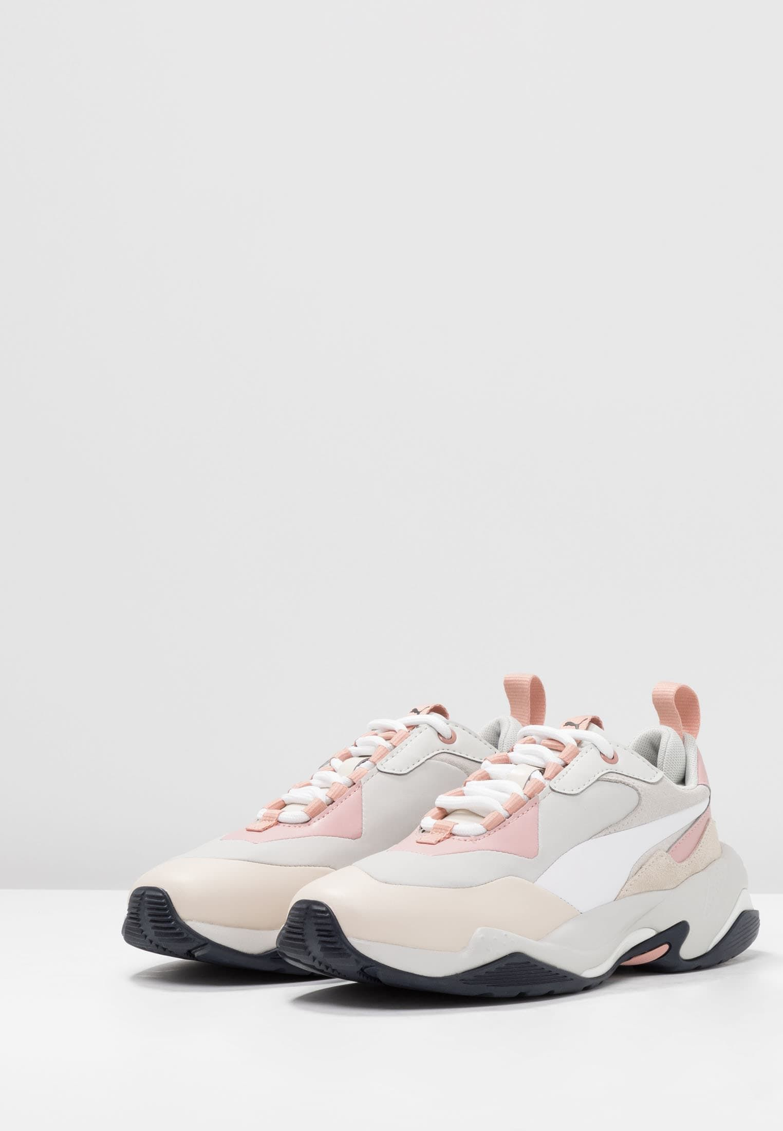 Épinglé sur !!!Sneakers!!!