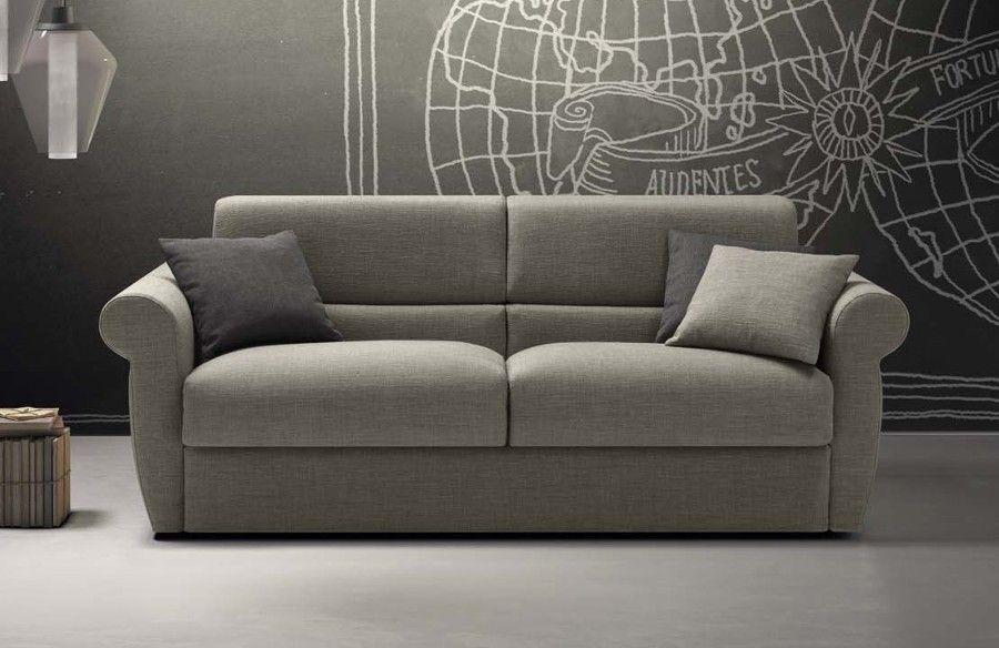 Risultati immagini per divano 4 posti classico Divano