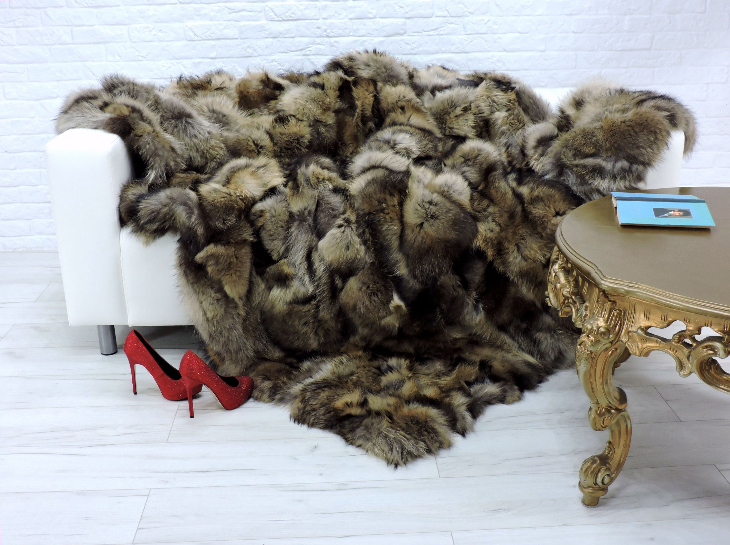 Luxury Real Red Fox Fur Blanket Fur Throw Sofa Throw Sofa Cover Genuine Leather Real Fur Throws King Size Throws Home Dec In 2020 Fur Blanket Fox Fur Fur Throw Blanket
