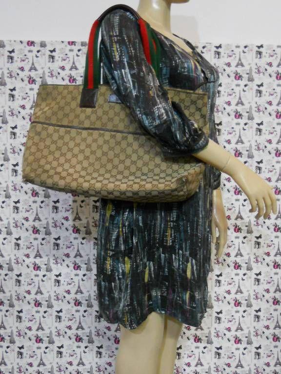 0c0fe2224 Ombro Feminino Gucci Usado - Bolsa Gucci Original. Tem Que Reformar.    enjoei :