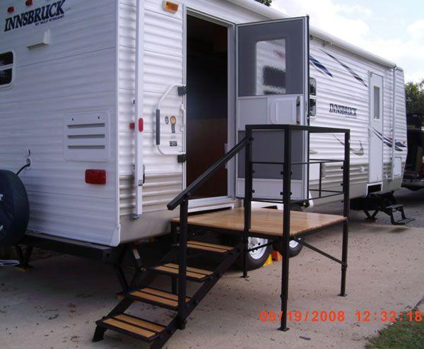 Portable Rv Steps Decks And Porches For 5th Wheels