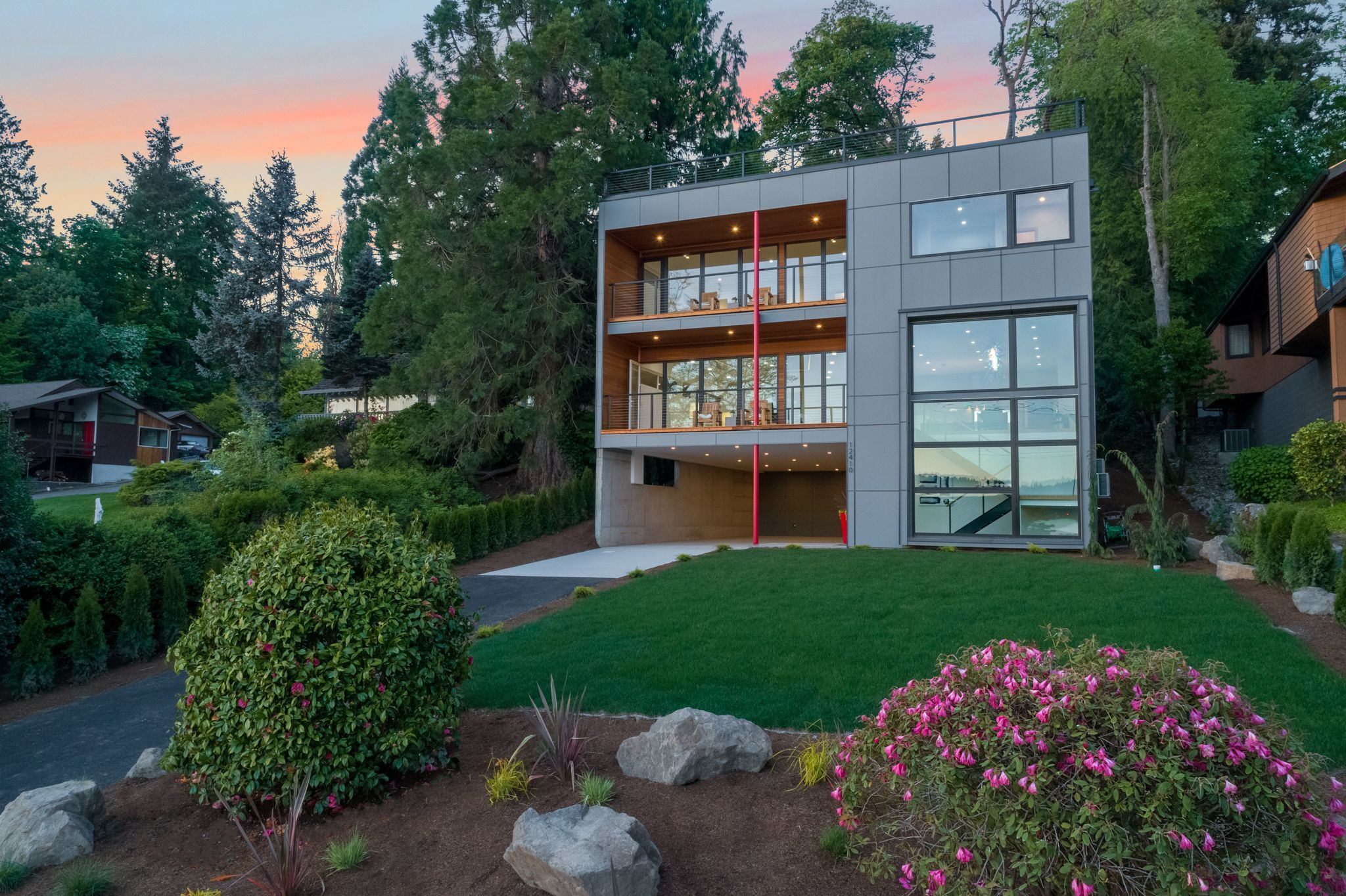 Luxury Home Magazine Seattle Modern Innovation Meets Unparalleled Luxury In  Kirkland Listed By: Robert Gershberg | Homes U0026 Equity Real Estate Group