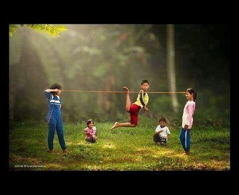 Lompat Getah Kenangan Masa Kecil Lucu Gambar