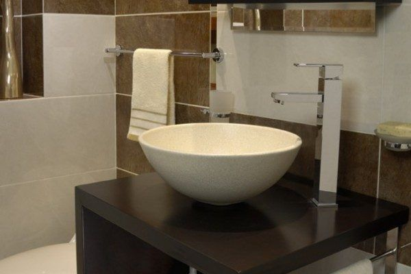 Ideas de ba os peque os con ducha 2016 este estilo de for Ceramicas de banos pequenos