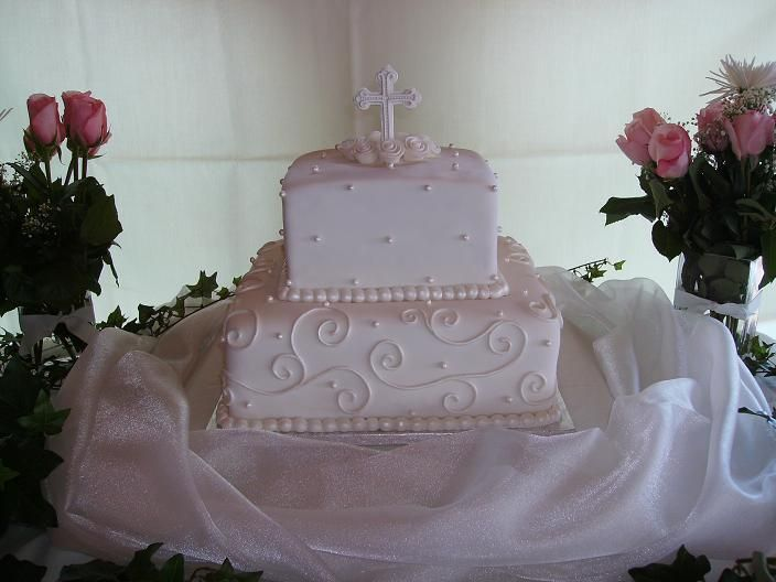 Communion cake ideas baptism and first communion cakes for 1st holy communion cake decoration ideas