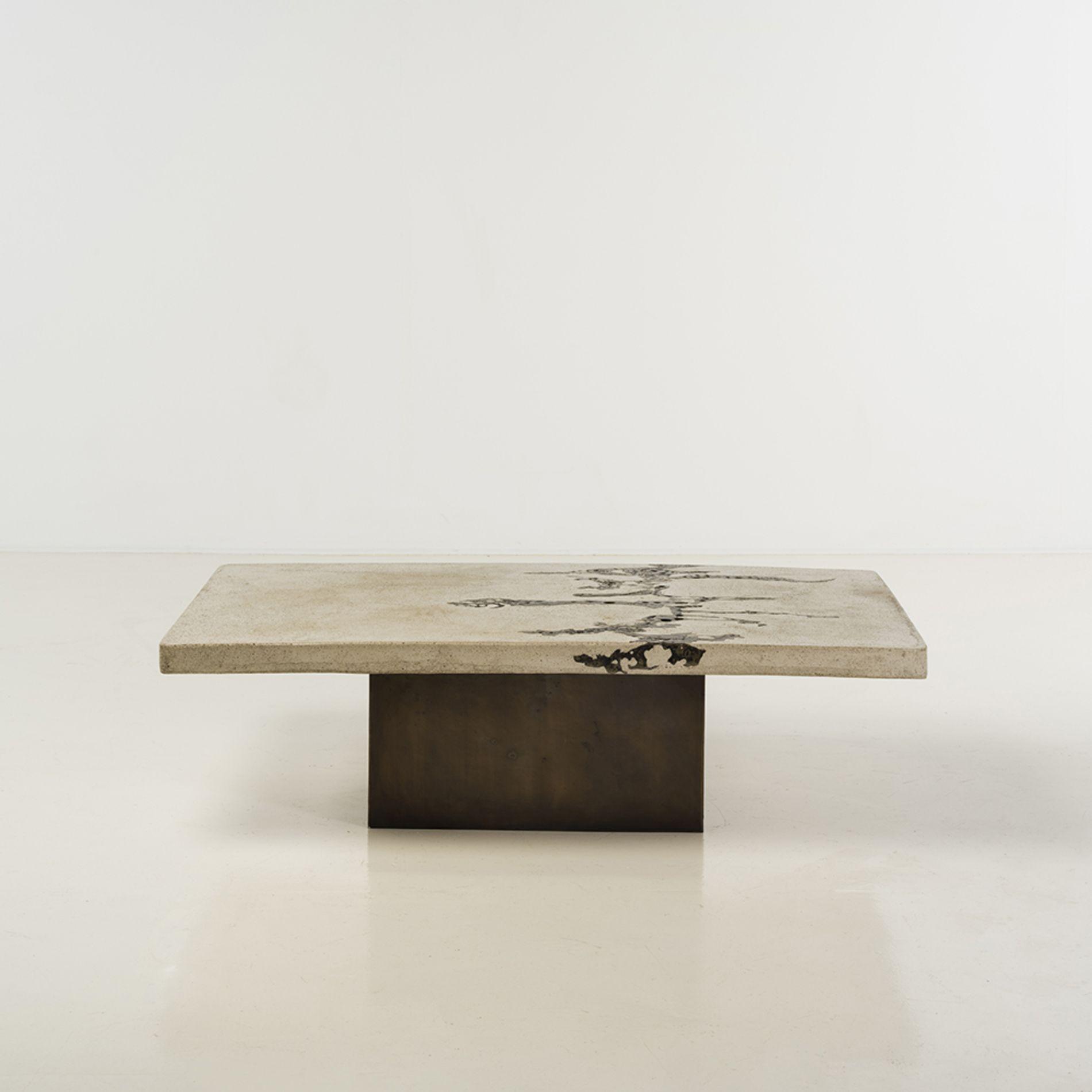 silas seandel n en 1937 table basse b ton et bronze. Black Bedroom Furniture Sets. Home Design Ideas