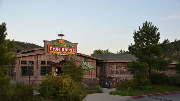 A Review Of White River Fish House On Branson Landing Branson Landing Fish House White River