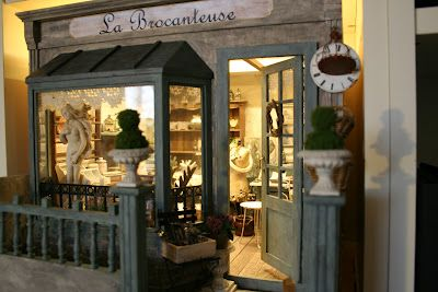 La Brocanteuse -  Miniature Brocante shop