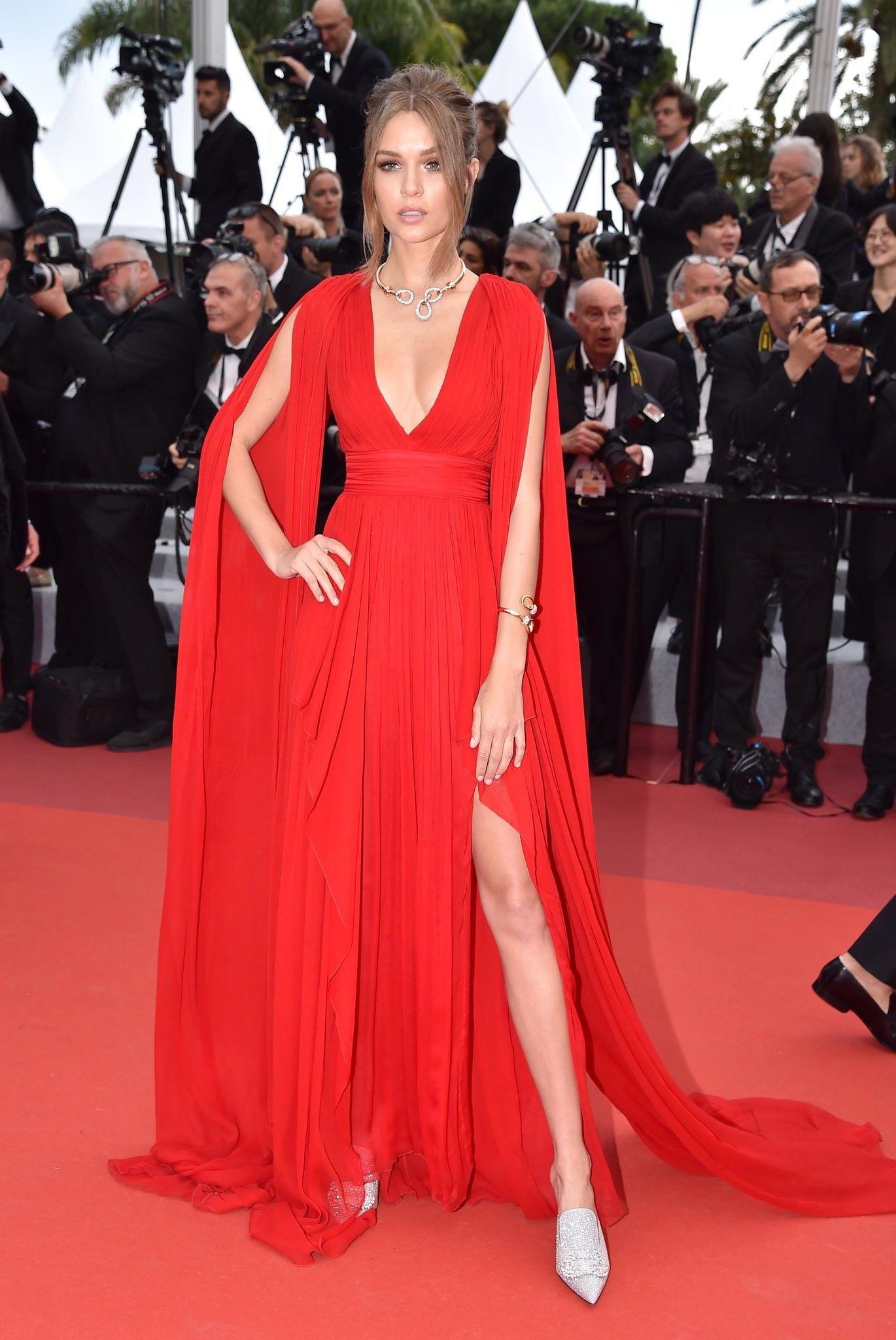 Josephine Skriver Cannes 2019 in 2020 Red carpet dresses