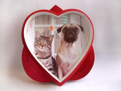 diy recycle a heart candy box into a picture frame - Www Frame Com